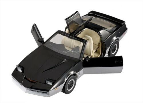 1982 Pontiac Knight Rider K.a.r.r 1/18 Knight Automated Moving Robot