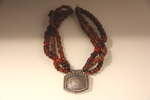Flat Bead Horn Necklace