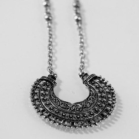 MAJESTY Necklace