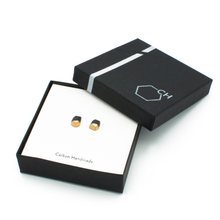 simple-stud-earrings-in-jewelry-box