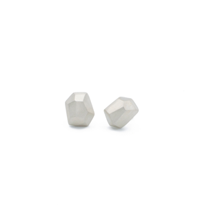 simple-stud-earrings-in-silver