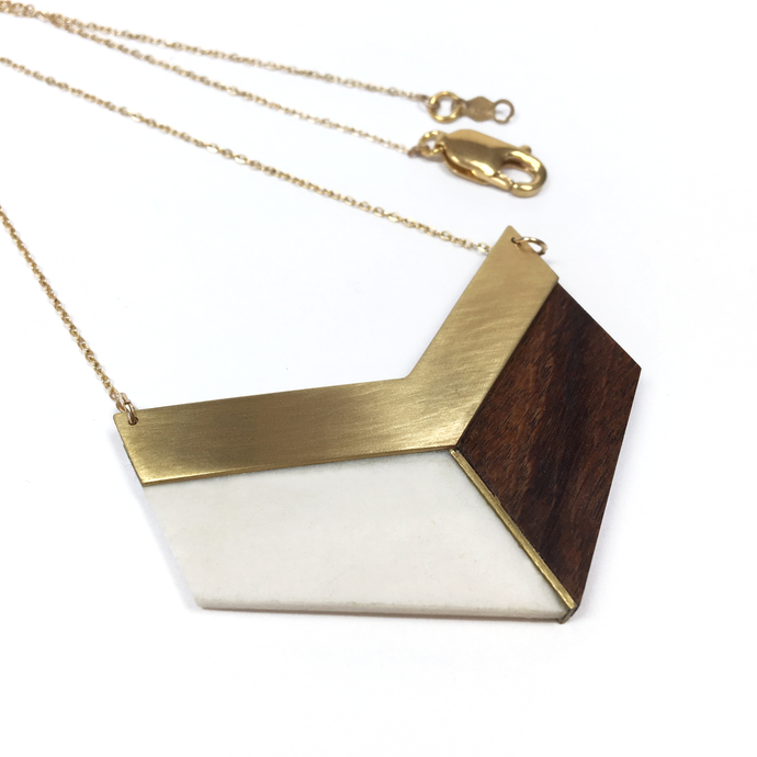 wooden-necklace-in-chevron-shape-long-geometric-necklace