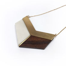long-chevron-necklace-wood-and-porcelain