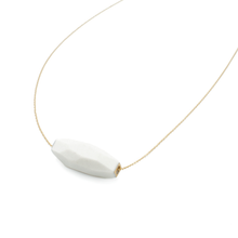 faceted-porcelain-layering-necklace