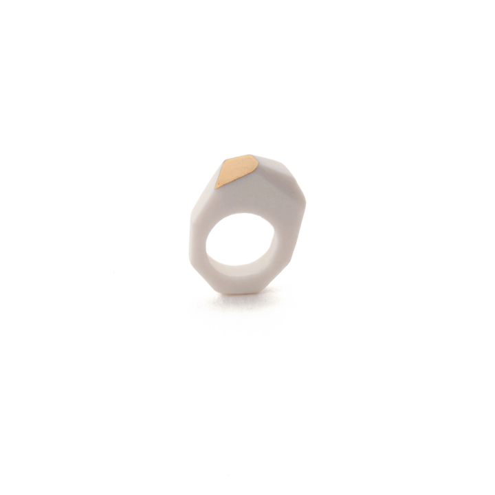 geometric-sculptural-pinky-ring-porcelain-and-gold