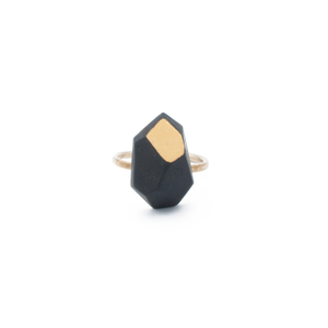 black-porcelain-gold-enamel-ring