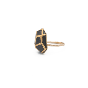 black-porcelain-faceted-cocktail-ring