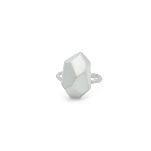 faceted-silver-chunky-statement-ring