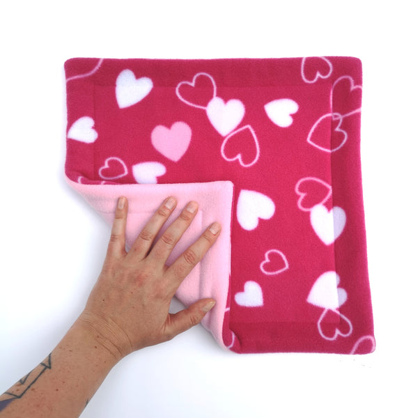 fleece potty peed pad for guinea pigs pink hearts
