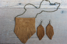 Suede Leather Fringe Necklace - Femme Fête