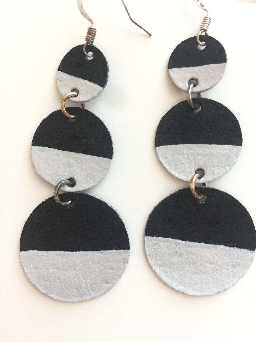 Silver Painted Triple Circle Black Leather Earrings