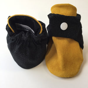 Black & Tan Baby Booties