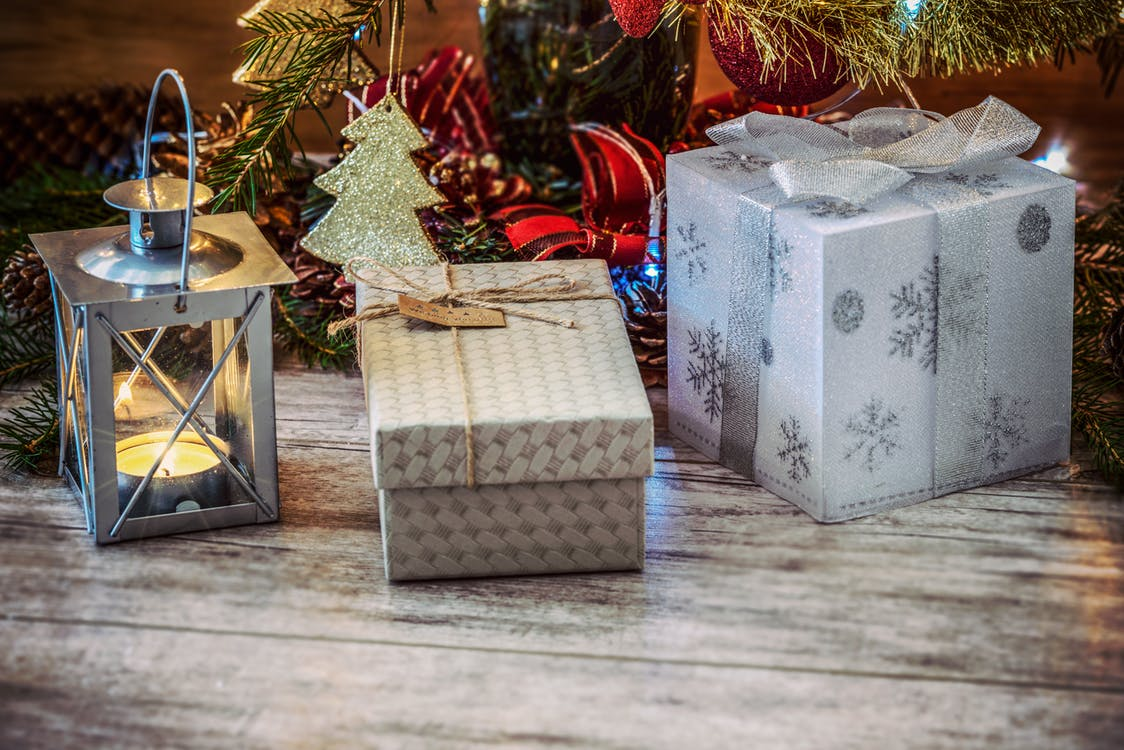 Glassware Gifts: The Perfect Gift is Clear