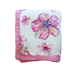 Hibiscus Kiss Hawaiian Bamboo and Cotton blend Quilt