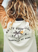 Salty Surf Club Raglan