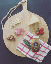 Mango Wood Cutting Board (Large Round)