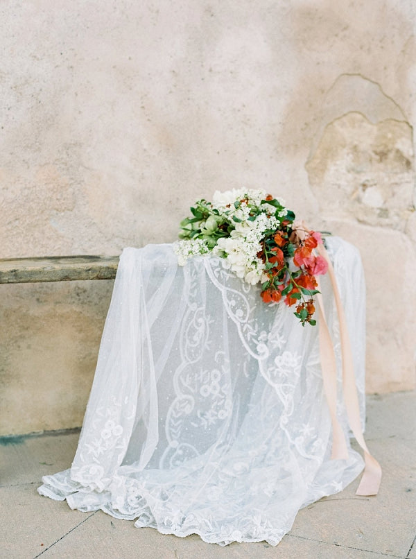 Antique Duchess Lace Veil