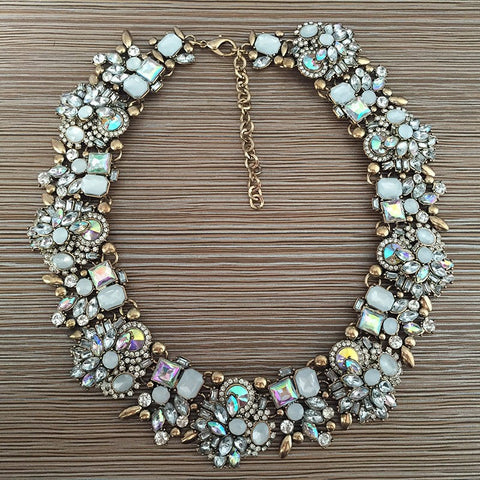 ROYAL CHOKER WHITE GEMS STATEMENT NECKLACE
