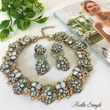 White Royal Statement Necklace - BellaSmyle