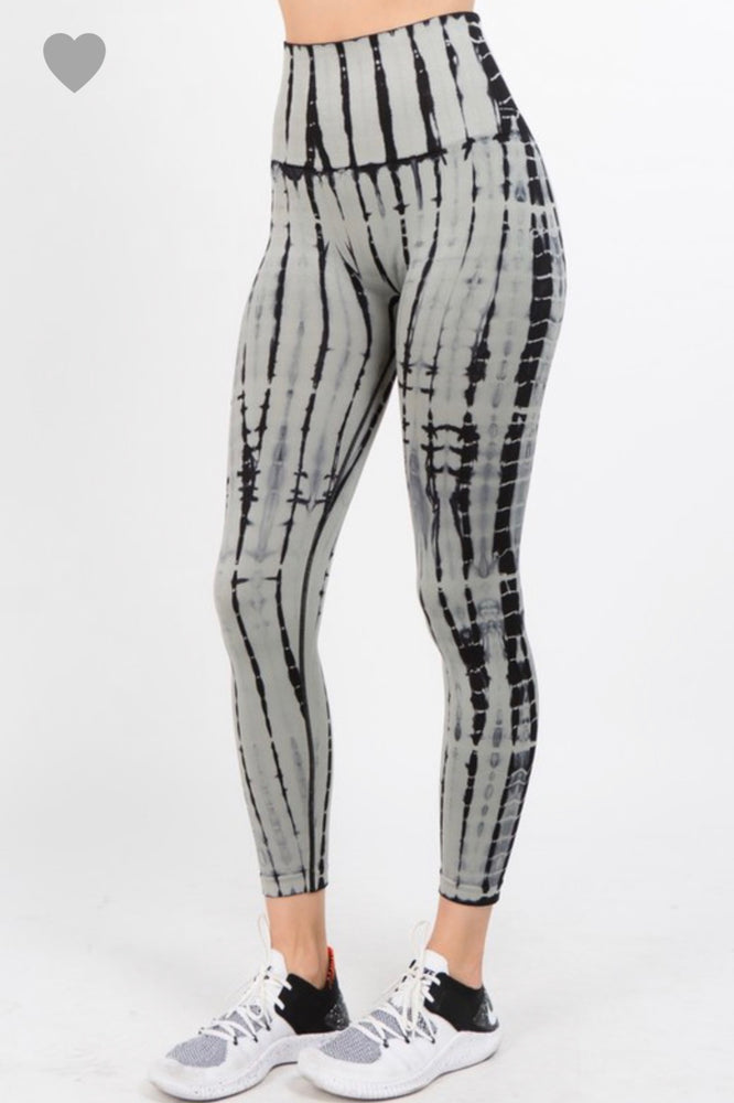 Tie Dye Highwaist Legging in Grey