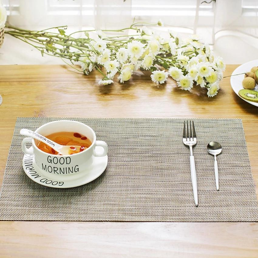 Mikkel Placemat Set