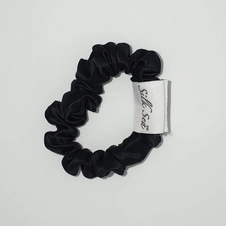 Silk Sea Luxury 100% mulberry silk scrunchie in black