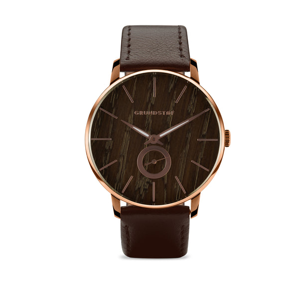 Brown oak wood watch in Wald collection of Grundstof watch
