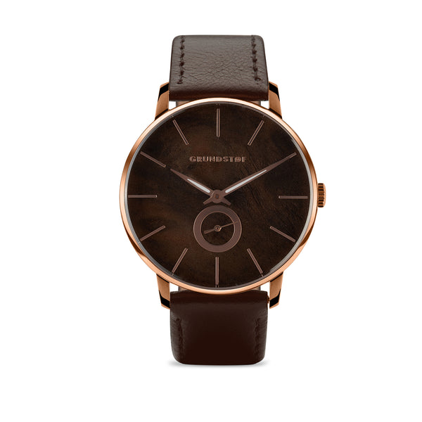 Walnut Burl wood watch in Wald collection of Grundstof watch