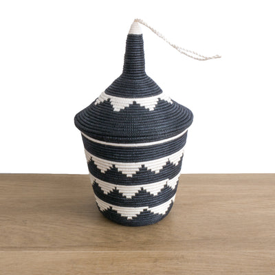 Rwandan Peace Basket Black and White Triangles