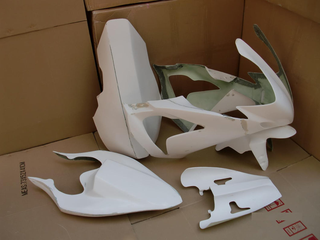 R1 04 06 RACE FAIRINGS