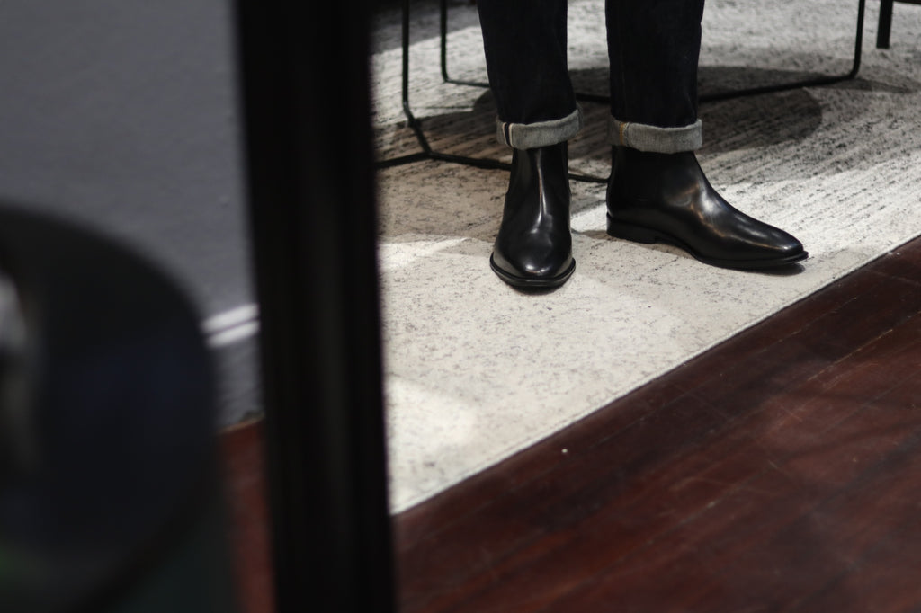 51 Label Halls Chelsea Boots in Mirror Reflection
