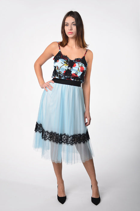 Pleated skirt blue color with lace