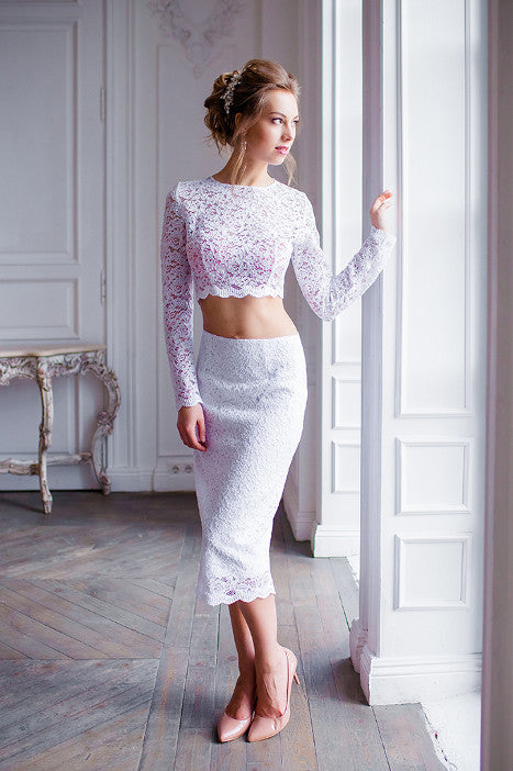 Set of top and pencil-skirt in white lace D & G