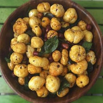 cream and onion roasted makhana foxnuts healthy snacks