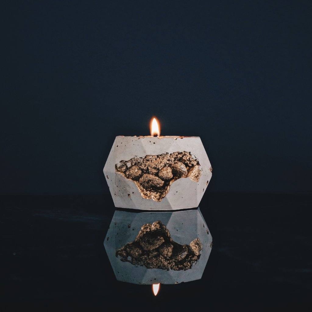 Goldstruck | Poly Candle