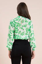 Green Leaf Top
