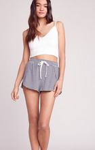 Line & Dine Leisure Shorts