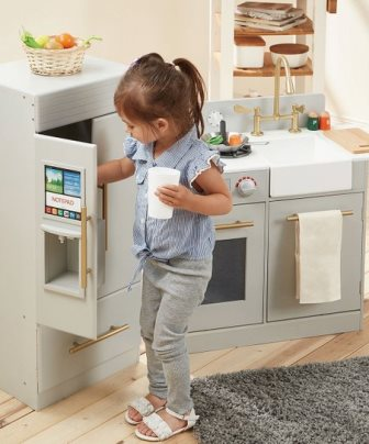 Kitchens + Play Sets