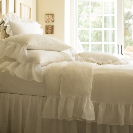 White Ruffled Duvet