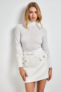 White wide cuffs turtleneck