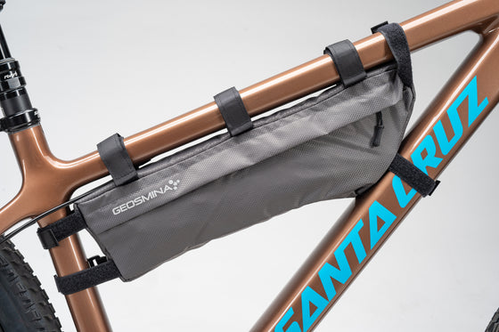 Geosmina Medium Frame Bag