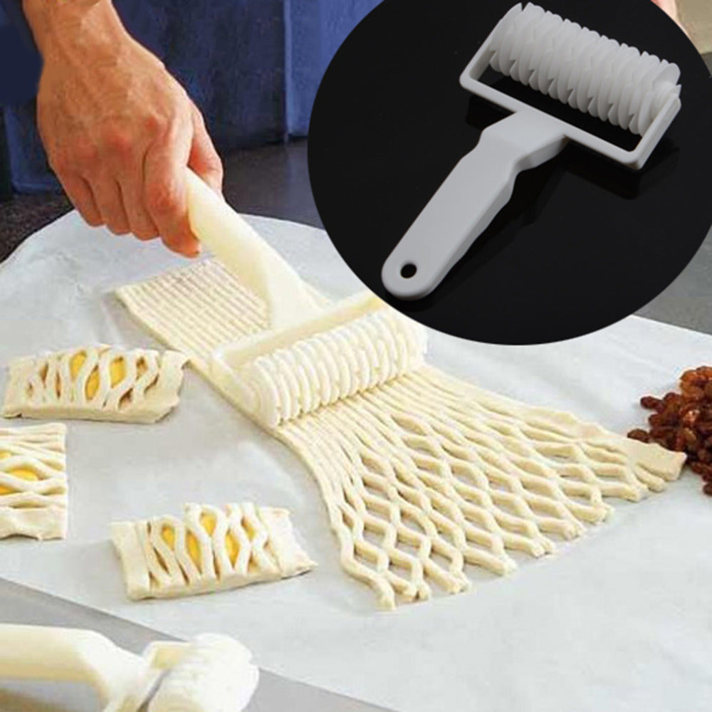 2017 Hot Large Size Pie Pizza Cookie Cutter Pastry Tools Bakeware Embossing Dough Roller Lattice Craft Cooking Tools