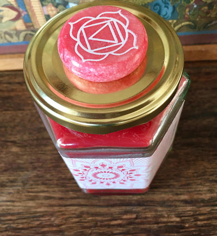 Root Chakra Candle w/Frankincense & Ylang Ylang - Lion Heart Living