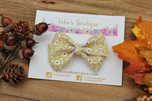 Ditsy Floral- Bella Bow- 2 sizes