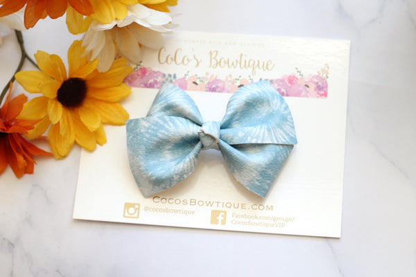 Sky Blue Muted Tie-Dye- Bella-style Bow- 2 sizes