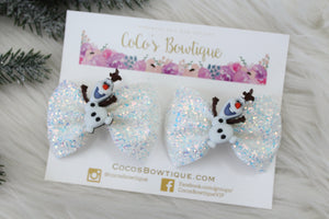 I Like Warm Hugs- Olaf/Frozen-inspired pigtail set- Set of (2) Glitter Bows on clips w/ Character Embellishments- Disney- Inspired