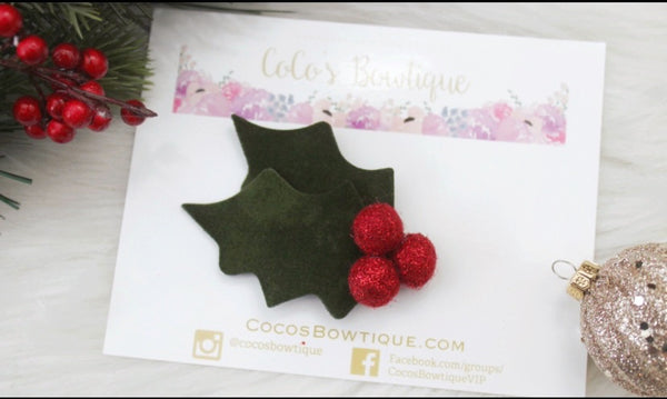 Christmas Holly- Velvet/Felt Ball Holly leaf- Available on all attachments