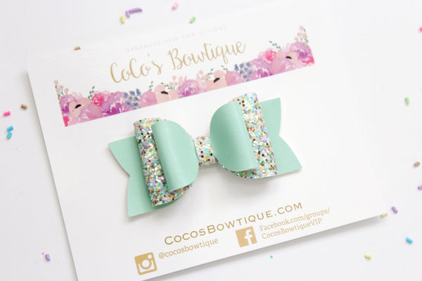 Mint To Be- Faux leather/Glitter Double Bow- 3 sizes