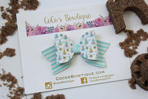 Little Sailboats- Summer Bows- Faux Leather/Glitter hair bow- Various Sizes