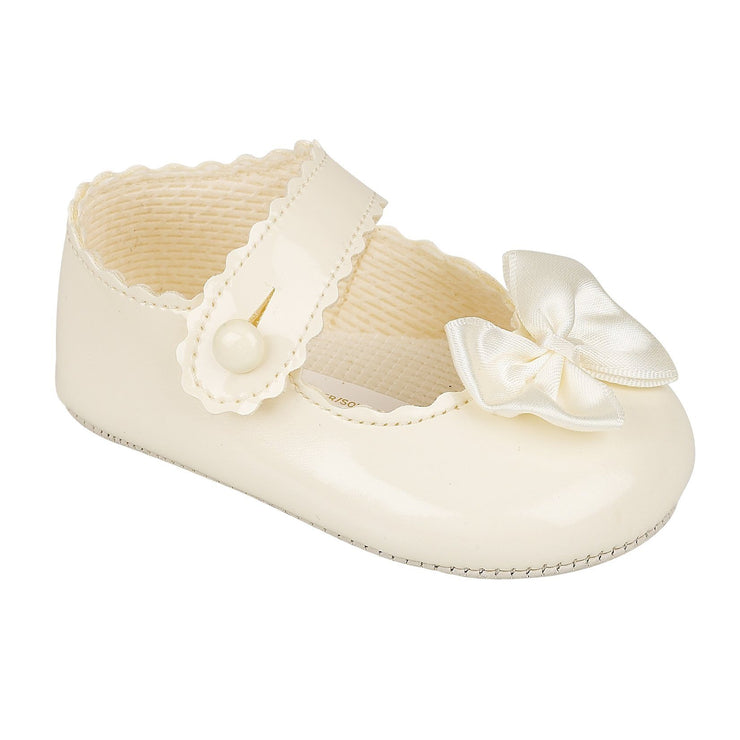 Baypods Ivory Patent Bow Soft Sole Shoes | Millie and John